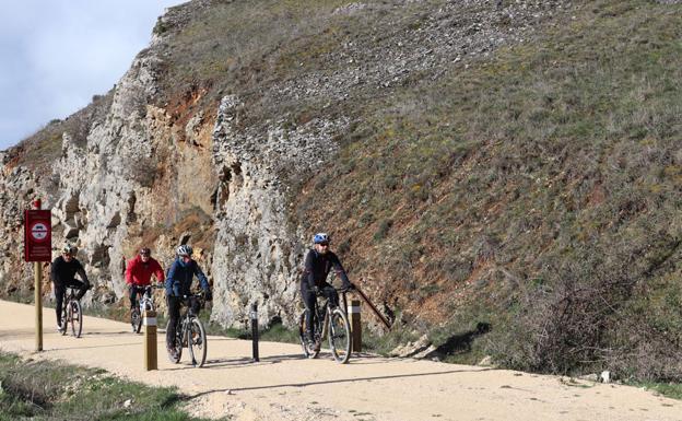 El Camino Natural, a su paso por La Bureba. /Patricia Carro