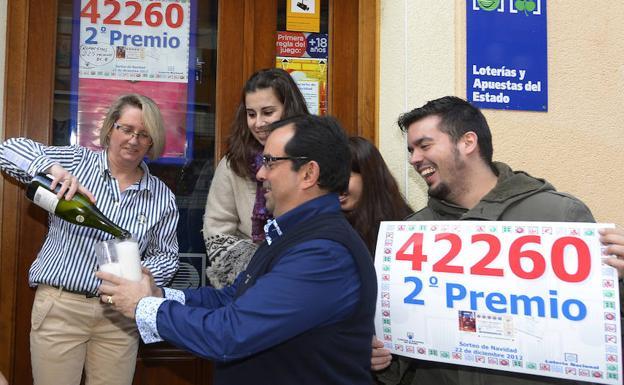 Comprobar Decimo Loteria Navidad 2012 La Loteria De Navidad Ya Ha Hecho Sonreir A La Provincia De Burgos