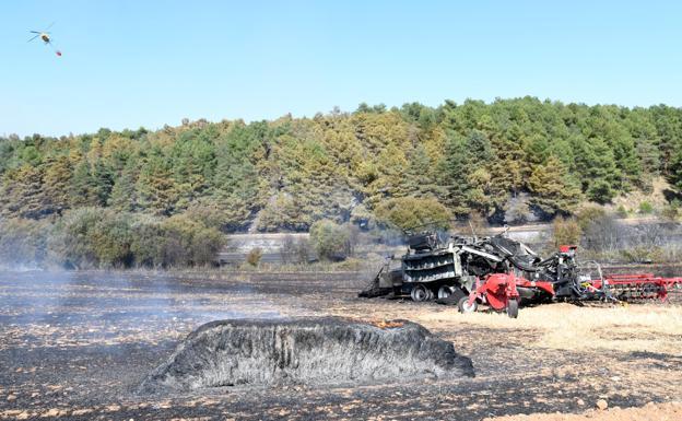 El incendio ha arrasado con varias hectáreas. /Ricardo Ordóñez/ICAL