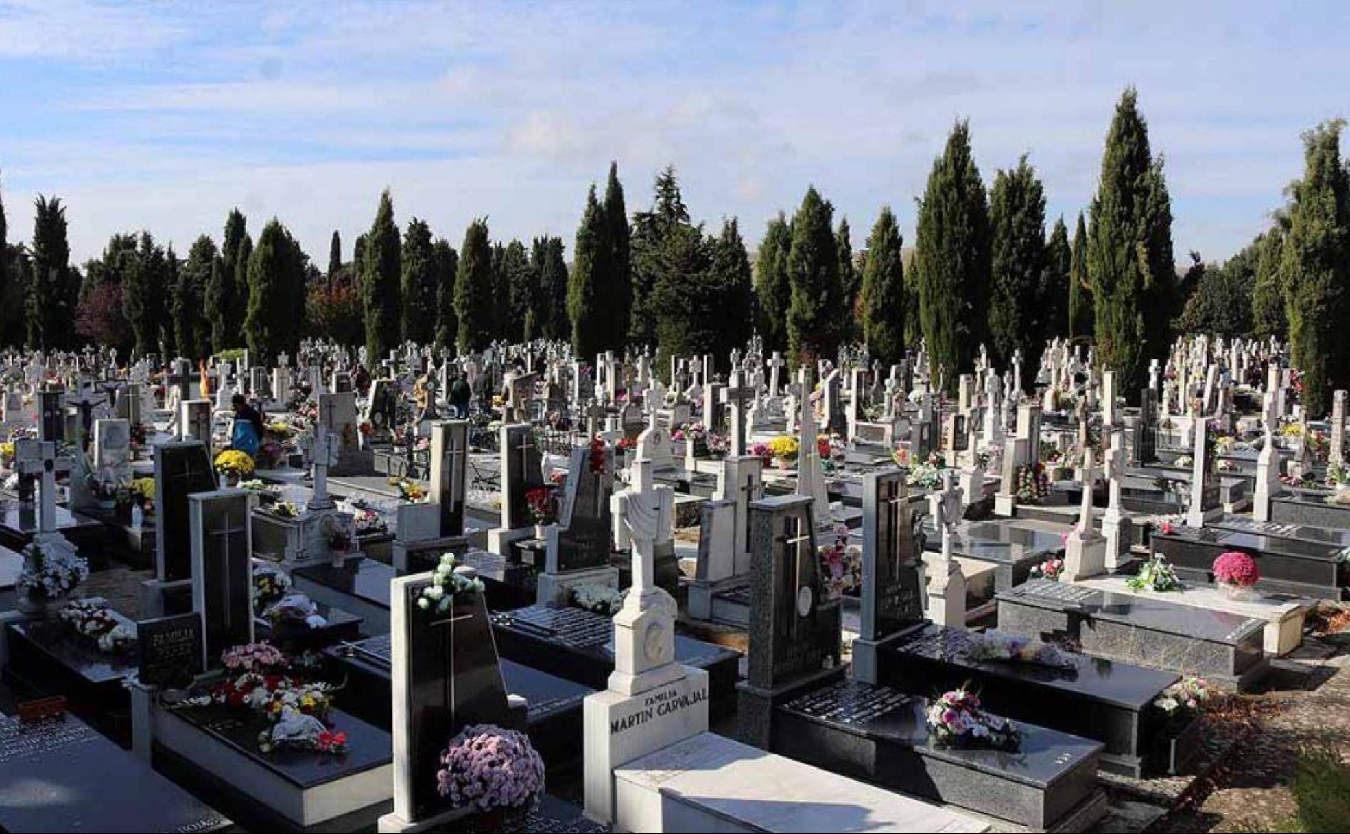 Cementerio sin panteón de ilustres, pero con ilustres enterrados ...